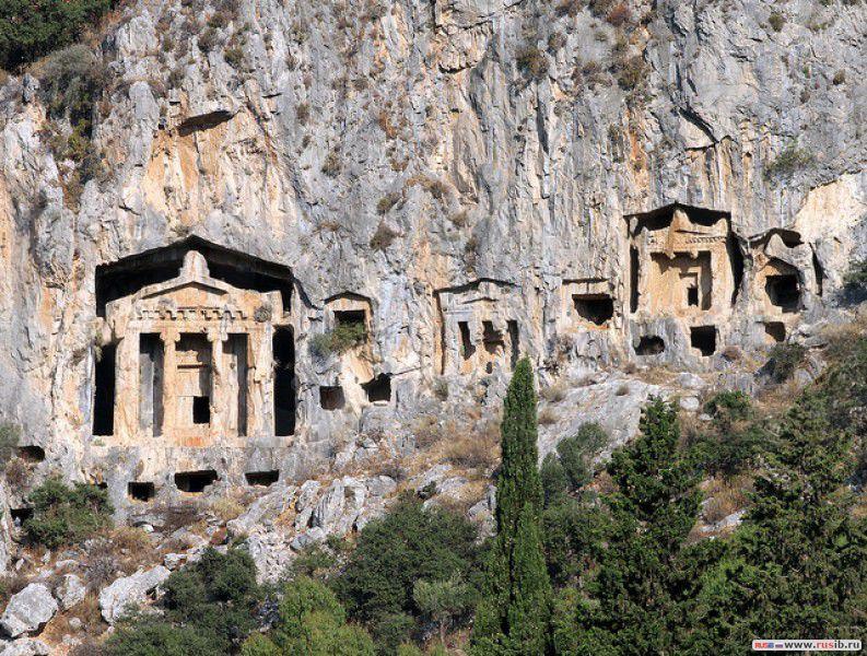 Античный город Гиппоком